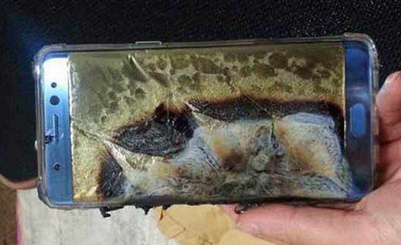 Samsung Galaxy Note 7: vendite sospese, esplose 35 batterie