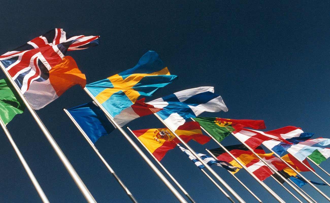 Facebook parla 101 lingue diverse
