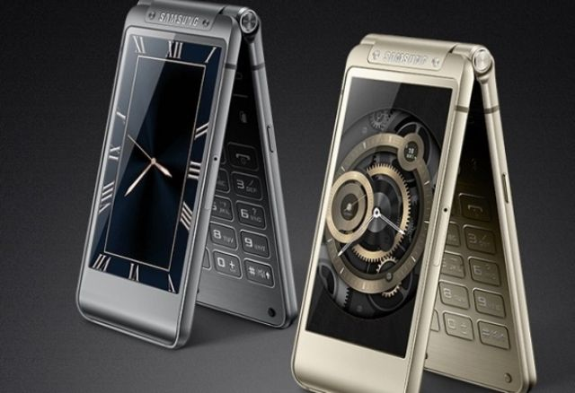 Samsung Veyron: il top di gamma è a conchiglia
