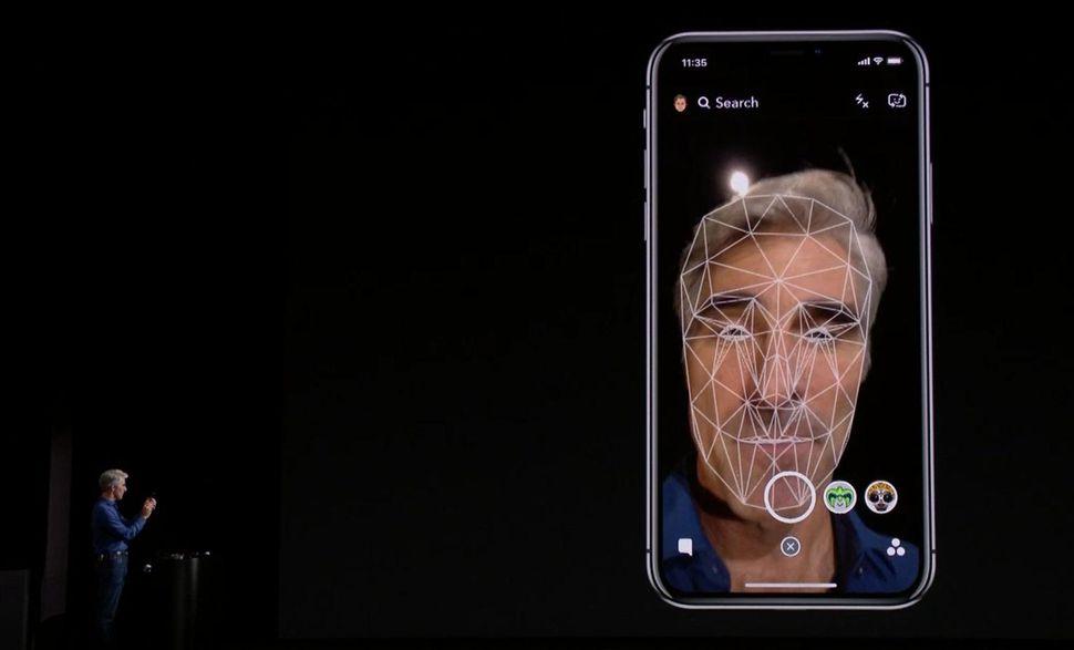 riconoscimento facciale iphone x